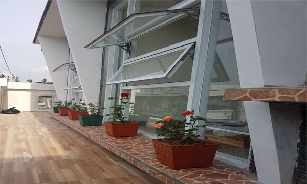 Pemasangan jendela auminium oleh althaf aluminium jakarta barat