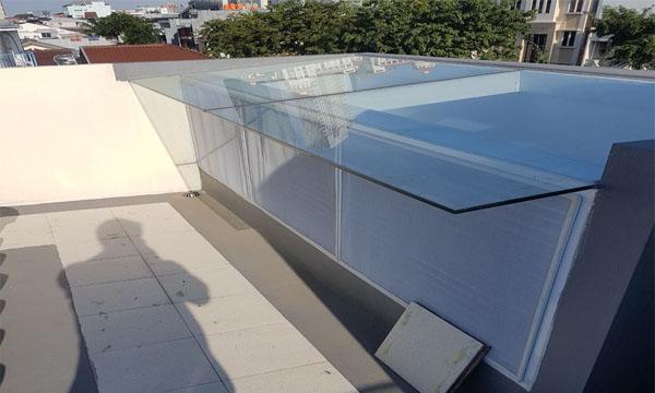 Pemasangan roof glass oleh althaf aluminium jakarta barat